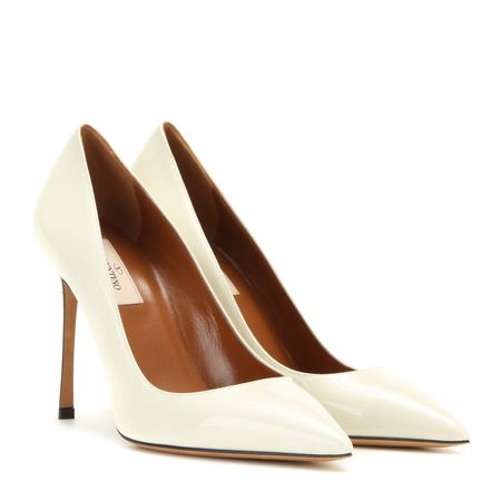 Valentino Patent Leather Pumps beige